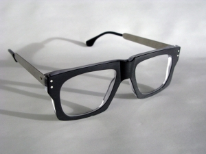 frame-burt-black-crystal