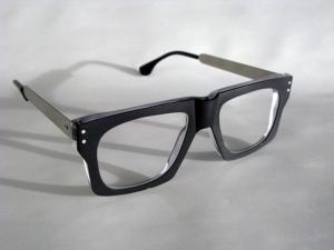 frame-burt-black-crystal